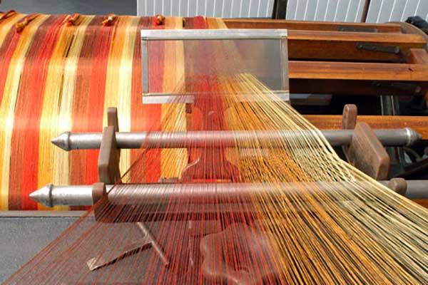 fili di seta colorati