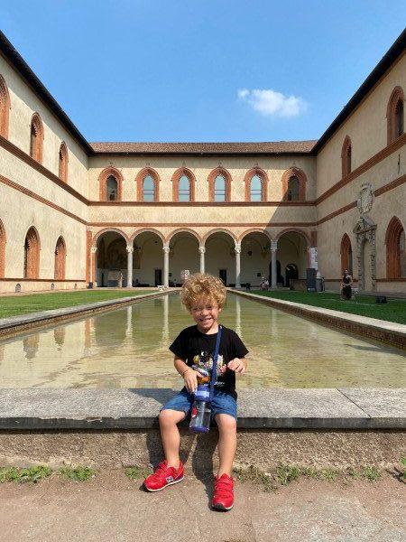Bambino al Castello Sforzesco