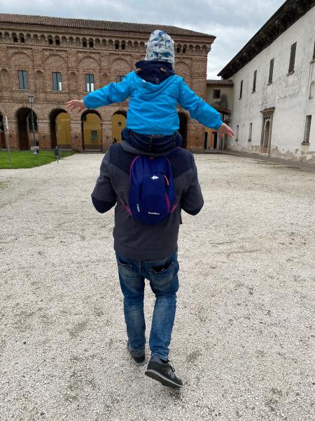 bambino e papà a Sabbioneta